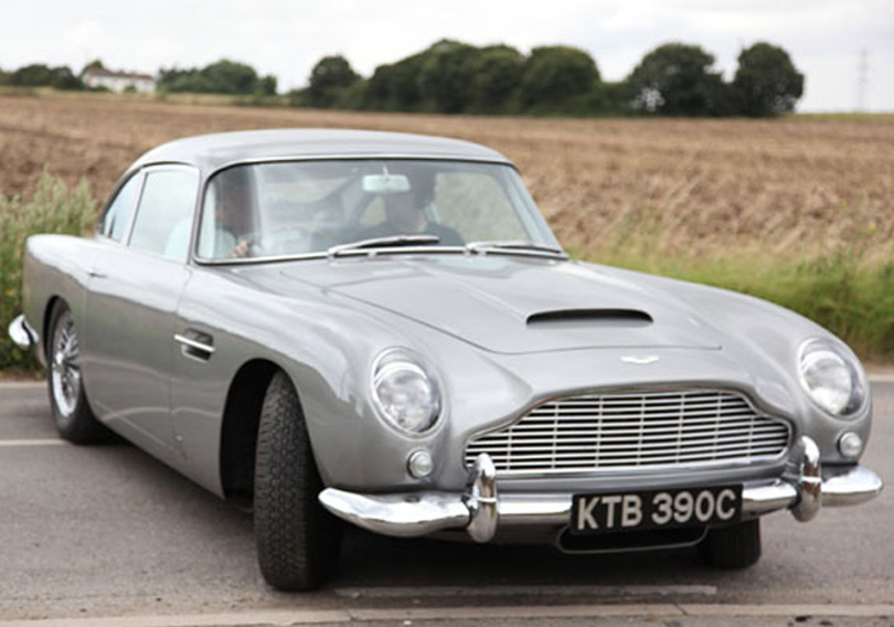 Supercar Sessions: Aston Martin DB5 - Pete records cockpit sound