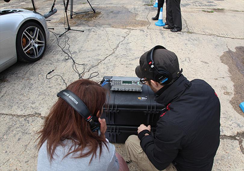 Peter explains recording setup to client