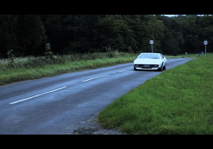 Supercar Sessions: Recording the Lotus Esprit on road